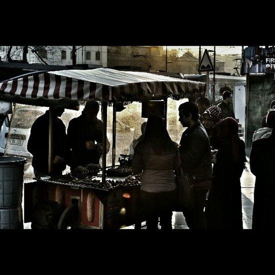 Ist_instagram Benimkadrajim Altinvizor Beniminsanlarim Zamanakarsi Aniyakala Durdur_zamani Bir_dakika Hayatakarken Hayatsokaklarda Editsiz Objektifimden Istanbuldayasam Bugununkaresi Gulumseaska Instasyon Hayatavizordenbakanlar Benimportrem Mekanim Followme Turkishfollowers Turkey Photo Photographer Bizimsokaklar turkishotigturko photographers_tr