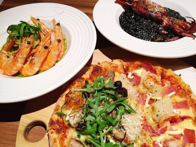 Pasta Pizza Risotto 墨魚