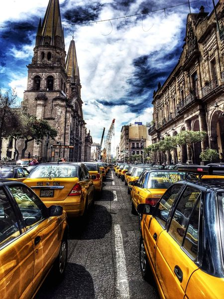 Taxis vs Uber Streetphoto Streetphotography Street Photography Street Life Streetlife Street Photo Taxi Uber HDR Hdr_Collection Hdr Edit HDR Collection Hdrphotography