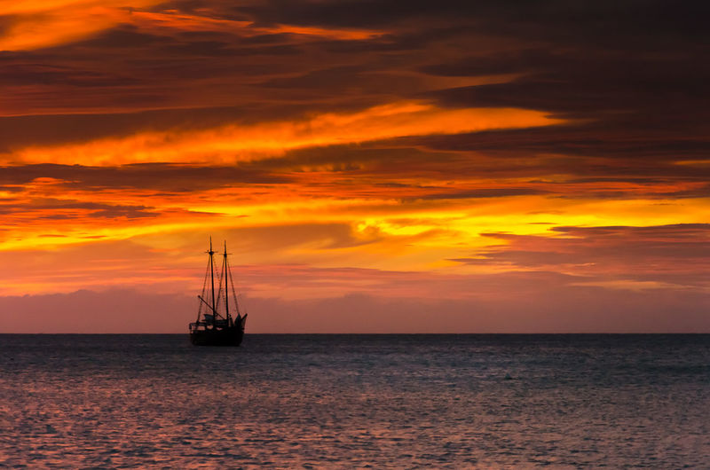 Horizon Over Water Nature Nautical Vessel No People Outdoors Sailboat Scenics - Nature Sea Sky Transportation Water