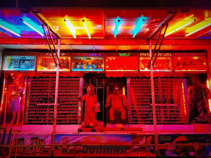 Neon Feria Bleachmyfilm Photographysouls Cooloceann Expofilm Tangledinfilm Red Red Color Inferno Light Nightphotography Night Lights Illuminated Red Multi Colored Neon Carousel Street Art