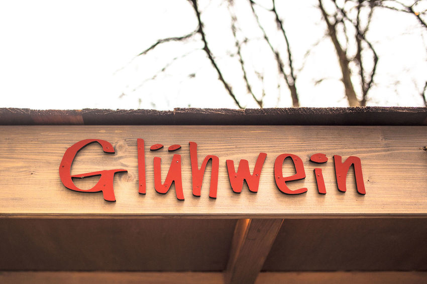 Capital Letter Christmas Decorations Christmastime Communication Drink German Germany Glühwein Glühweinhütte Signboard Te Text The Culture Of The Holidays Weihnachtsmarkt Weihnachtszeit Winter Wintertime Wood Wood - Material Xmas Decorations Xmas Time