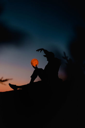 Be Brave Best EyeEm Shot HUAWEI Photo Award: After Dark Moon NotYourCliche Visual Creativity Adult Beauty In Nature Cloud - Sky Hand Human Hand Leisure Activity Lifestyles Men Nature Night Orange Color Outdoors People Real People Silhouette Sky Standing Sunset Women