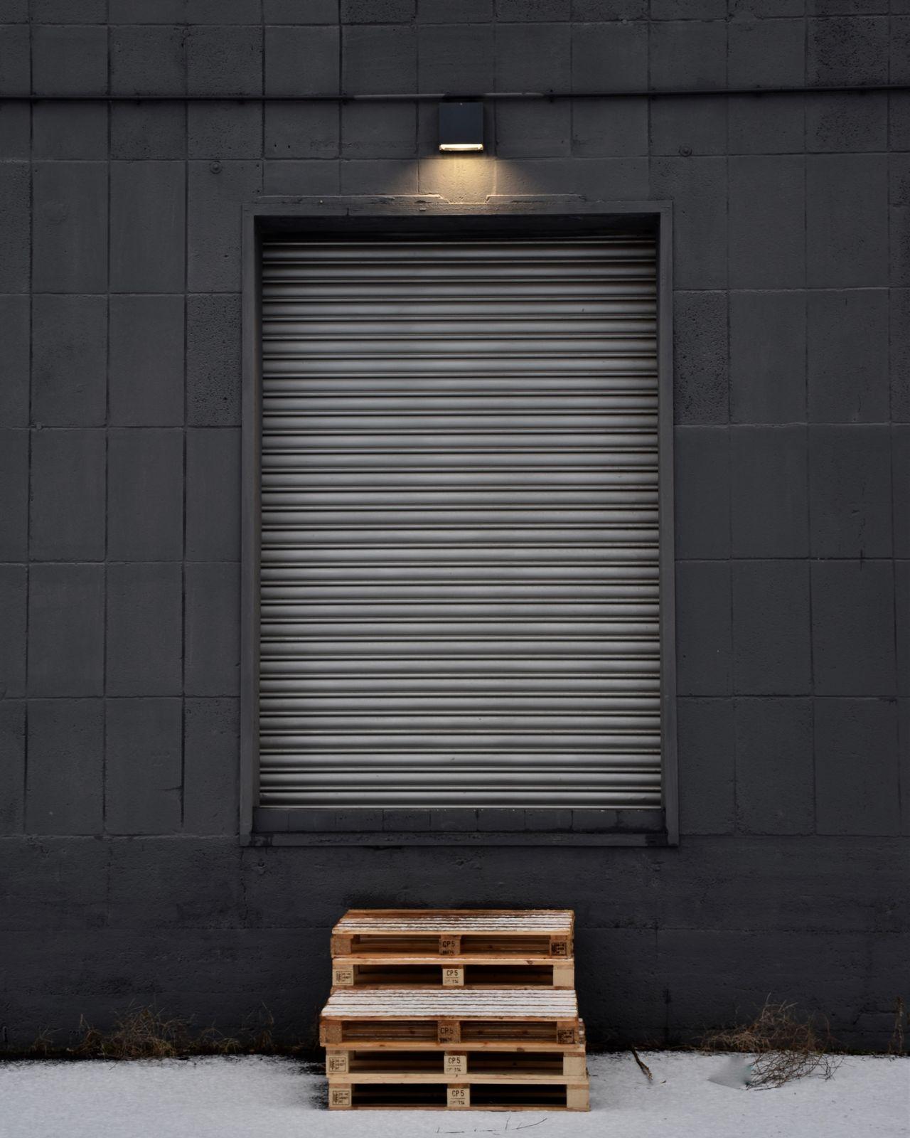 Exterior of closed shop
