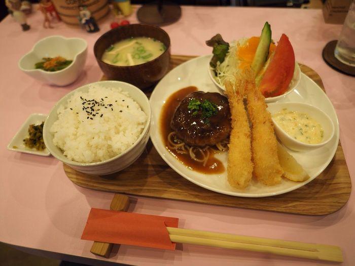 Kyoto Japan Kawaramachi Kuribon Fried Prawn Humburg Food Olympus PEN-F 京都 日本 河原町 くりぼん 海老フライ ハンバーグ ご飯
