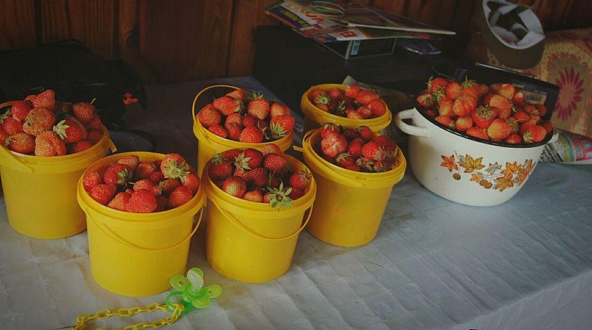 Fruit Healthy Eating Food No People Berries Strowberry Sweet