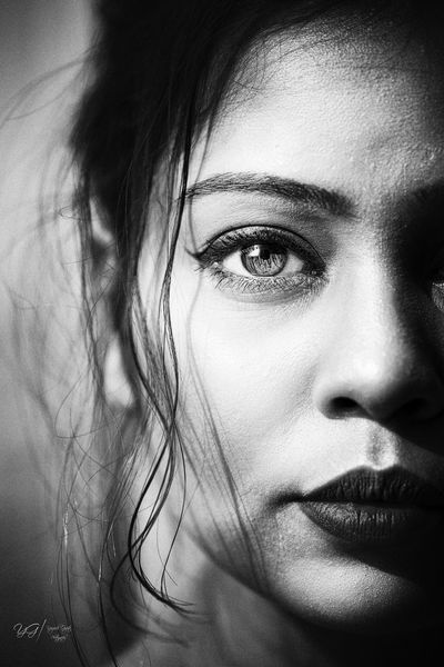 Eyes Adult Beautiful Woman Bnw_captures Bnw_collection Bnw_society Bnw_worldwide Bnwphotography Bnwportrait Body Part Close-up Front View Hair Headshot Human Body Part Human Face Human Hair Indoors  Lifestyles Looking At Camera One Person Portrait Real People Women Young Adult Young Women The Portraitist - 2018 EyeEm Awards The Portraitist - 2018 EyeEm Awards