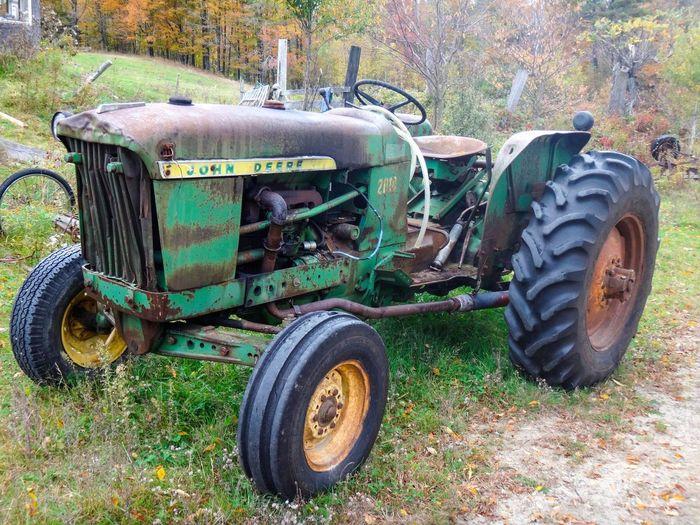 John Deere John Deere Tractor Broken Tractors Rusty Tractor New Hampshire GayneGirlPhotography EyeEm Best Shots EyeEm Gallery EyeEmBestPics Farm Farm Equipment