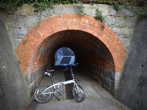 煉瓦のトンネル ミニベロ 自転車 Brick Brick Tunnel Japan Japan Photography Nikon Nikonphotography Tunnel Arch Bicycle Day Outdoors