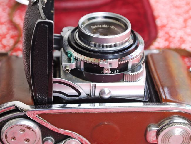 Camera - Photographic Equipment Close-up Day Kodak Camera No People Old-fashioned Outdoors Photography Themes Red Retro Styled Technology Vintage
