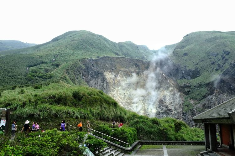 Water Nature Spraying No People Beauty In Nature Outdoors Day Sky Freshness 臺灣 Taiwan 小油坑