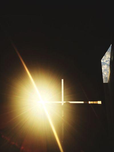 Cloud - Sky Sunbeam Sunlight Low Angle View Light Beam Illuminated Sky Architecture Day Modern Tadao_ando Potography Shadows 建築 新国立美術館 安藤忠雄 挑戦 教会 建築