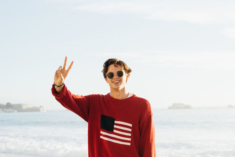 Matt, the legend. Late March, 2019. One Person Water Sky Sea Standing Lifestyles Real People Front View Nature Beach Young Adult Casual Clothing Waist Up Land Portrait Day Fashion Outdoors Horizon Over Water Jonnynichayes Low Angle View Peace Peace ✌ Calm Blue Blue Sky Ocean Cape Town South Africa