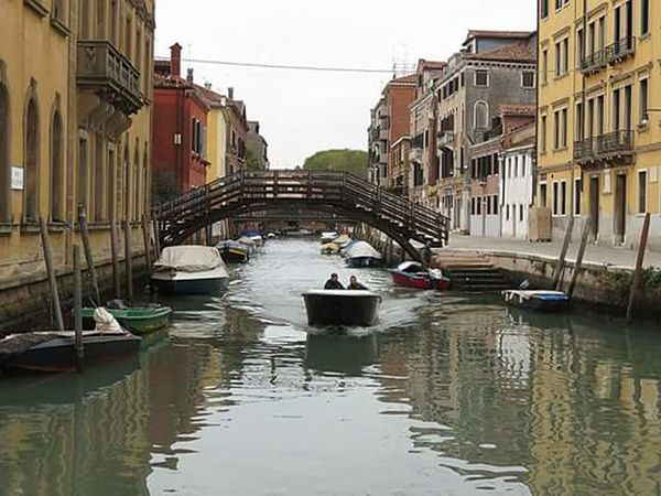 Canal Water Gondola - Traditional Boat Architecture Building Exterior Nautical Vessel Reflection Travel Destinations Outdoors City Transportation Mode Of Transport Day Bridge - Man Made Structure People Sky Gondolier
