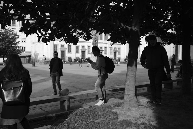 Colonne di San Lorenzo, Milano - March 2019 Milano Colonne Di San Lorenzo Candid Streetphotography Blackandwhite Silhouette Tree Plant City Men Real People Group Of People Nature Day Lifestyles Street Footpath People Architecture Leisure Activity Rear View Standing Full Length Group Outdoors Building Exterior My Best Photo Streetwise Photography
