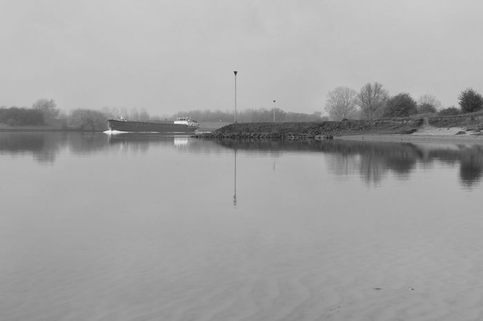 Water Nature Reflection Fog No People Tranquility Riverside EyeEmBestPics Capture The Moment Eye4photography  Reflection_collection April 2017 Maas Hedel Walking Walking Alone... Water_collection Water Reflections Snapspeed Blackandwhite Photography Black & White Reflection Springtime Boat Day
