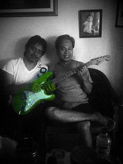 DewaBudjana-DennyTR...Gitaris.  Senior-junior Indonesia, Thn.80an Duluuu :))