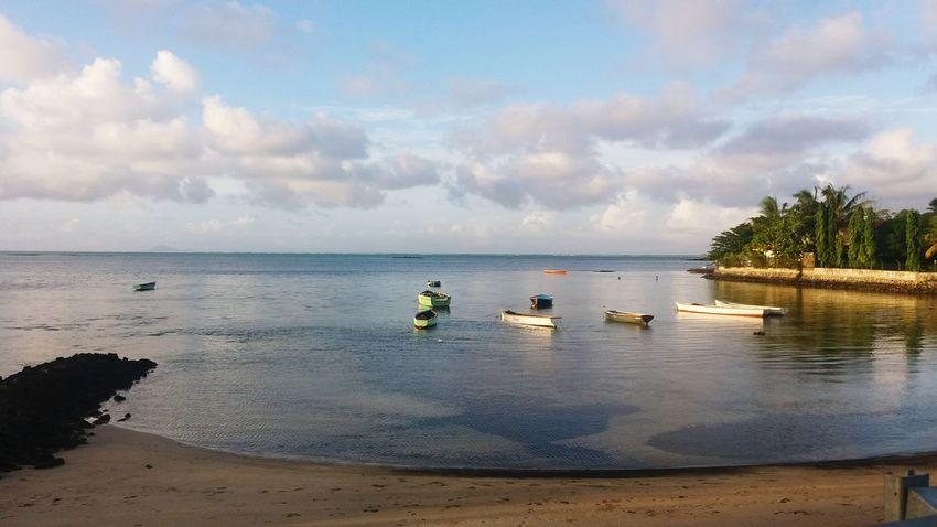 roche noir Beach Water Tranquility Sea Day Landscape Sunset
