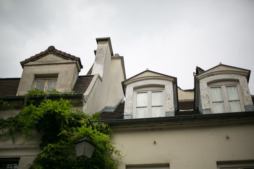 Looking for apartment in Paris, France Beautiful France Home Paris Roof Travel Apartment Architecture Attic Building Exterior Built Structure Day French Looking For Appartment Low Angle View Mansarda Nature No People Outdoors Parisien Life Real Estate Sky Tree Window Windows
