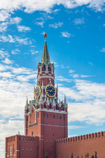 Architecture Built Structure Building Exterior Sky Building Cloud - Sky Tower Religion Place Of Worship Travel Destinations Belief Spirituality Nature History The Past Tourism Low Angle View Tall - High No People Outdoors Clock Spire  Moscow Russia