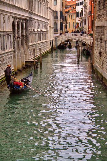 People And Places Canal Gondola - Traditional Boat Water Venezia_city Venice Italy Cartolina Picoftheday Photooftheday