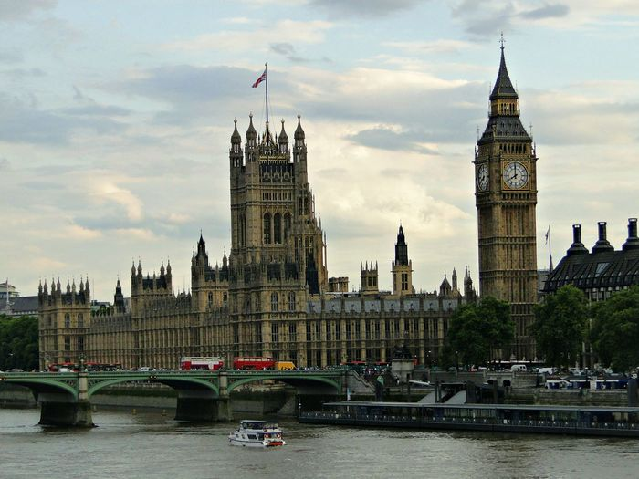 Taking Photos London Big Ben Arround The World United Kingdom City Of London Traveling Clock Tower Westminster LONDON❤ EyeEm LOST IN London