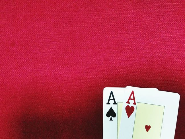 Red No People Table Gambling Close-up Indoors  Copy Space Backgrounds Adult Lucky Casino EyeEmNewHere Gambling Card Games Chance The Nuts Poker - Card Game Poker Table The Week On EyeEm