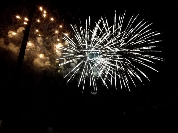 Firework - Man Made Object Night Glowing Event Firework Display Celebration Illuminated Outdoors Firework 14thJuly 14 Juillet 2017