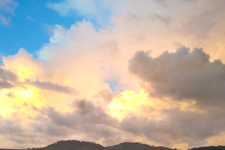 beautiful see Cloud - Sky Sky Beauty In Nature Outdoors Dramatic Sky Low Angle View No People Orange Color Sunlight Scenics - Nature First Eyeem Photo