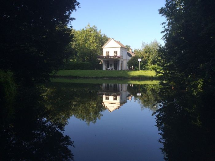 Taking Photos House Reflection Water Reflection Water Reflections Peaceful Nature Sunlight Architecture