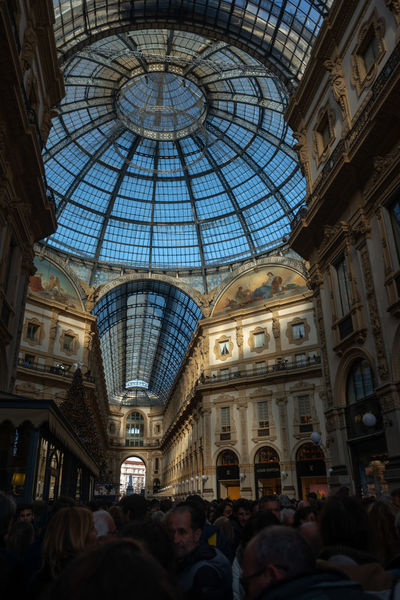 Architecture Built Structure Group Of People Crowd Large Group Of People Building Exterior Real People Travel Destinations Low Angle View Dome Women Ceiling Tourism Men City Shopping Mall Travel Day Arch Outdoors Retail Place