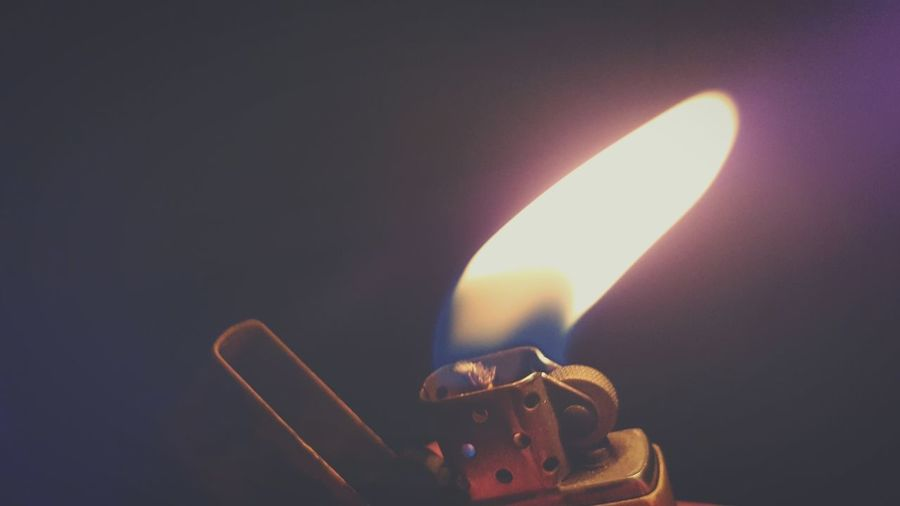 Burning Flame Heat - Temperature Close-up Igniting Illuminated No People Lighter Flame Burning Petrol Lighter Zippo