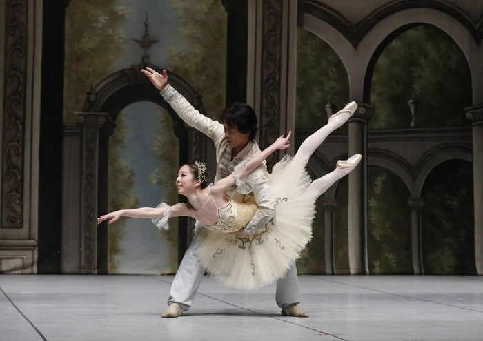 Actor Adult Adults Only Architecture Arts Culture And Entertainment Ballet Ballet Dancer Beautiful Woman Beauty Cultures Dancing Full Length Grace Indoors  Leisure Activity Men People Performance Performing Arts Event Togetherness Traditional Clothing Two People Women Young Adult Young Women