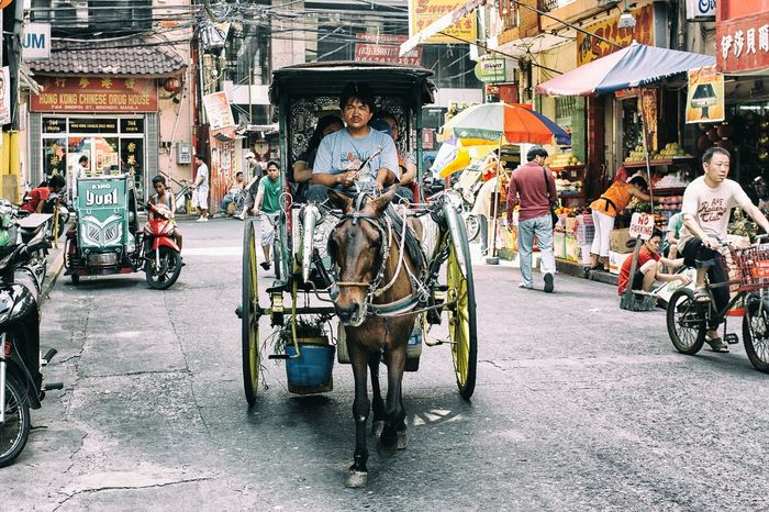 Binondo calling.. Eyeem Philippines EyeEmBestPics EyeEm Best Shots Eye4photography  Everyday Philippines Life Is Beautiful Philippines Urban Lifestyle Streets In Color EyeEm Best Edits Street I Love My City Daily Life Colors Of Life