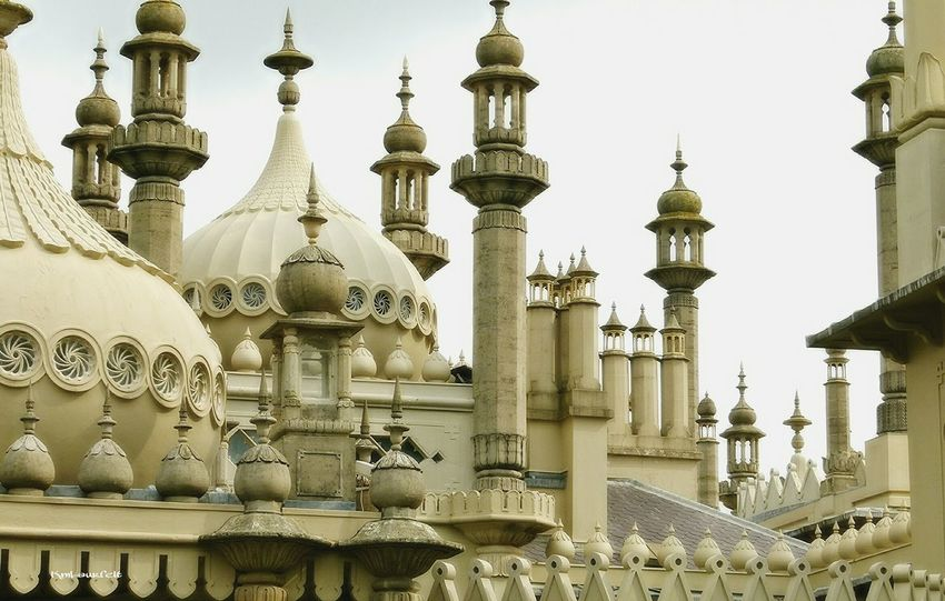 Found this old picture and were reminded of a beautiful time. I can never get enough off travelling and seing new places and being with wonderfull people.... The Royal Pavilion Brighton What A Wonderful World TBT  Photography EyeEm Gallery