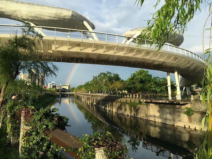 City Life Taking Photos Streetphotography Street Photography Bridge Rainbow