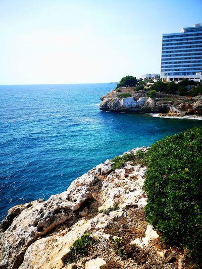 ... Travel Weatger Artist Water Sea Clear Sky Beach Skyscraper Luxury Hotel Sand Sunlight Tourist Resort Rock - Object
