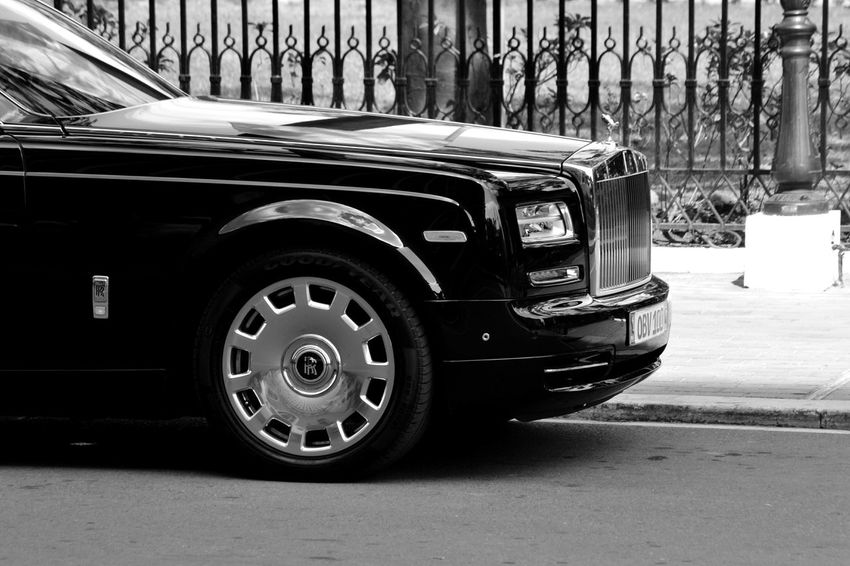 Rolls Royce Phantom Extended (Black) Rollsroyce Phantom Check This Out Hi! Rolls Royce Phantom First Eyeem Photo Car Luxury Car Luxurylifestyle