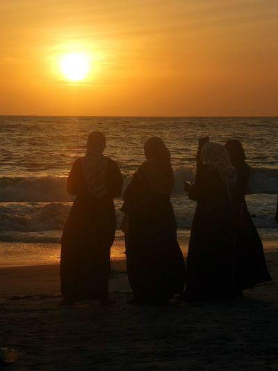 Women Around The World Sunset Silhouette Womenaroundtheworld EyeEmNewHere