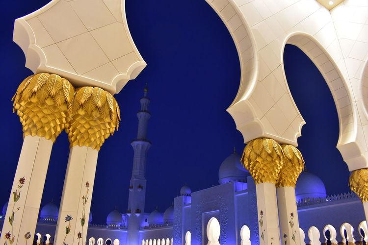 Dubai Gold Light Modern Reflection Sheikh Zayed Grand Mosque Worship Abudhabi Abundance Blue Emirates Islam Islamic Architecture Islamic Art Islamicarchitecture Light And Shadow Mosque Pillar Religious  Shaddow Sky