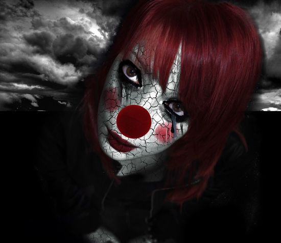 Something I feel like a clown,an horrible clown. Full of rottness and make up till exploding. Just to hide the black inside and red eyes. So, laugh clown. Ridi, pagliaccio The Portraitist - 2016 EyeEm Awards Me Myself And I Darkness Black Horror Horror Photography Creepy Clown Feelings Fear Sadness Imagination Edit EyeEm Best Edits Eyem Deep Thoughts Revisited Opéra Music
