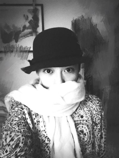 Hat Eyes Blackandwhite Light And Shadow Taking Photos Portrait Beauty Person Young Adult Model Classic Pretty Innocent Face Looking At Camera Check This Out That's Me EyeEm Best Shots Faces Of EyeEm Stare Uniqe Love Classical Fashion Casual Clothing Indoors