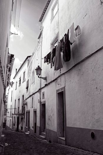 Streets Ropa Calles Byn B&w B&w Street Photography Streetphotography Street Photography Architecture Built Structure Building Exterior Window Hanging No People Day Outdoors
