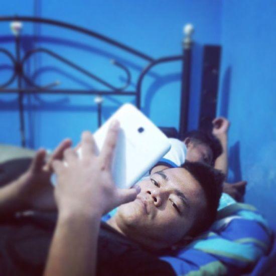 IvanGunawan Madam ivan tadi malam tidur dirumahku.
