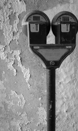 Day Outdoors No People Technology Close-up Coin-operated Binoculars Parking Meter Steel Design Metal Black & White Built Structure City Life Downtown District Politics And Government Peeling Paint Damaged Peeling Times Up EyeEmNewHere