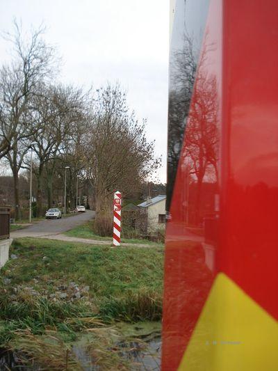 Grenzübergang Deutschland - Polen Kamminke Usedom Ostsee Border Border Crossing Flag Grenze No People Patriotism Red