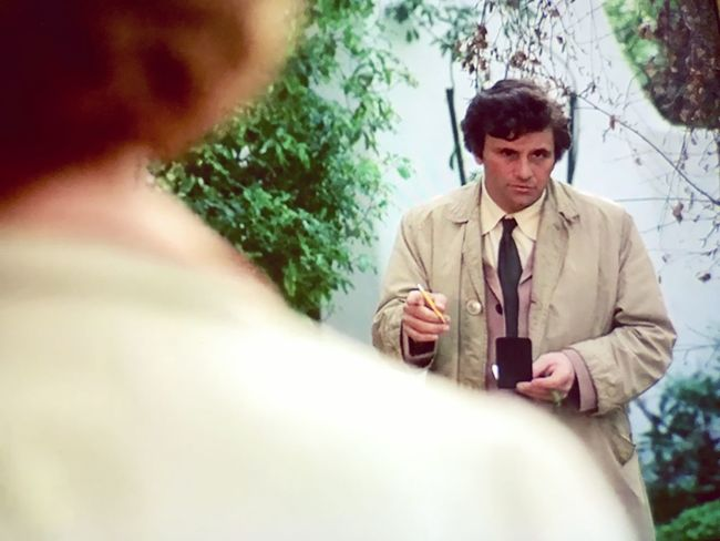 Peter Falk Watching Columbo Tvshow Columbo Koduckgirl Iphone7