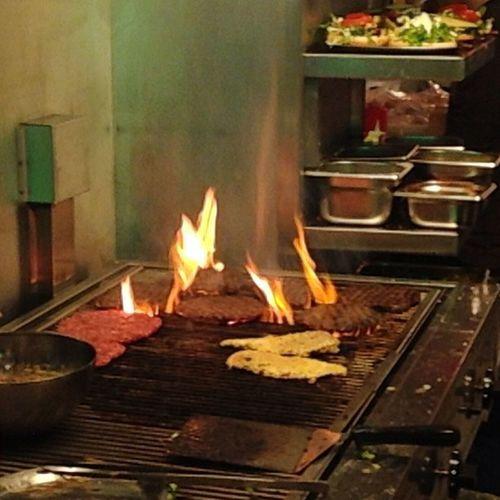 Burn Burger Burn #berlin #burger #laterburn Berlin Burger Laterburn