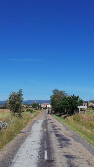 Blauer Himmel Blue Sky Camino CaminodeSantiago El Camino De Santiago Himmel Jakobsweg Pilgern Pilgrimage Sky Way Way Of Saint James Weg Wege Und Strassen