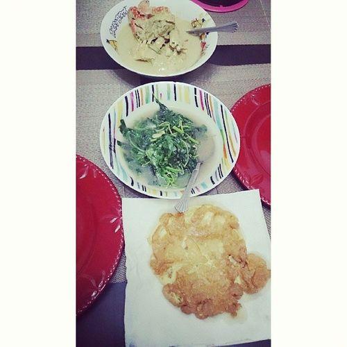 Dinner Ketammasaklemak Sayurbayam Telurdadar to jer y mampu masak tgh xbape nk sht ni huhuhu
